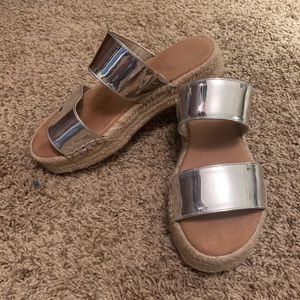 Aldo silver sandal 6.5